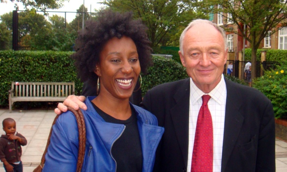 Ken Livingstone meets a local family, Wandsworth, Sept 8
